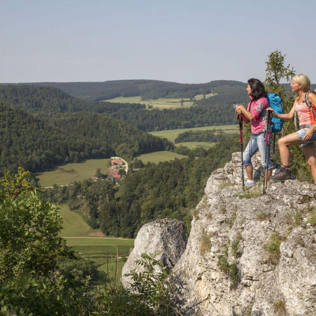 aussicht-auf-donaubergland-landschaft