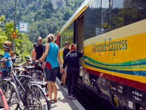 Der Naturpark-Express im Donautal
