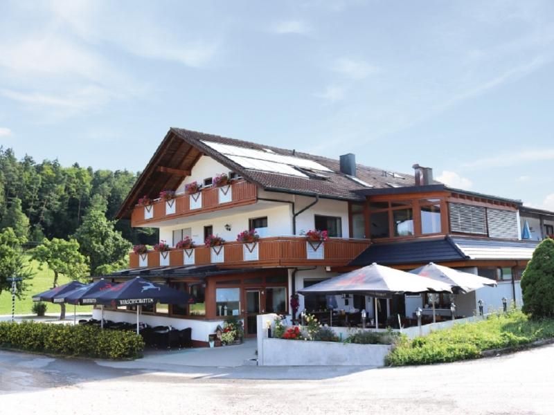 landgasthof-waldeck-duerbheim-risiberg-aussen